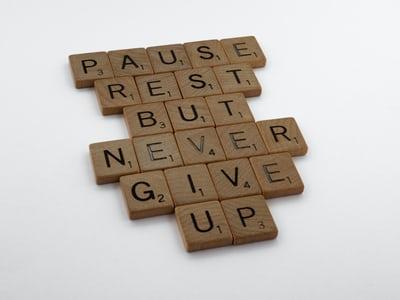 Barbara Yates – Don't Give Up